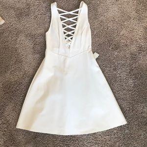 Dresses & Skirts - NWT - White Criss Cross Dress